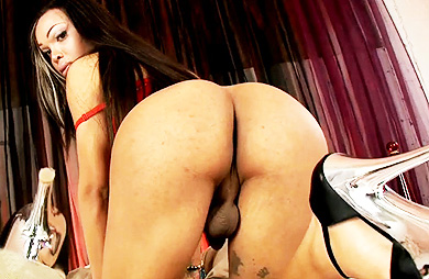 Adriana red bed Beautiful Adriana playing with her juicy ass & cock.